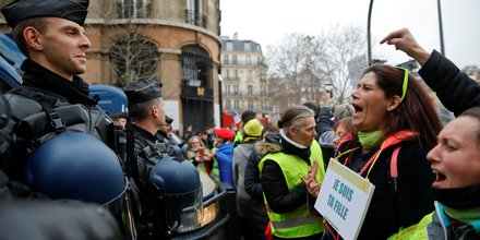 gilets jaunes: la police se prepare a plus de violences samedi