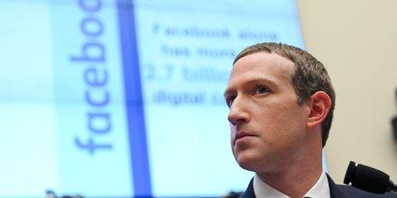 Le PDG de Facebook Mark Zuckerberg lors d'une audience au Congrès américain pour présenter la Libra, le 23 octobre 2019