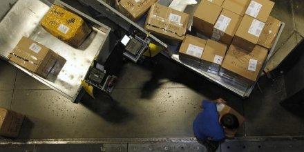 Enquête en France sur la concurrence dans les colis postaux