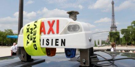 Le Parlement veut apaiser le conflit entre taxis et VTC