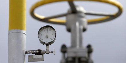 Vladimir poutine menace l'ukraine de cesser les livraisons de gaz faute de paiement
