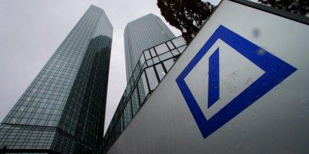 Deutsche bank reduit la voilure dans la banque d'investissement et se separe de postbank