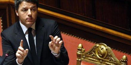 Le gouvernement italien engage sa responsabilite