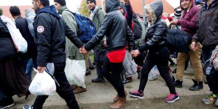 La slovenie demande l'aide de l'ue pour gerer l'afllux de migrants