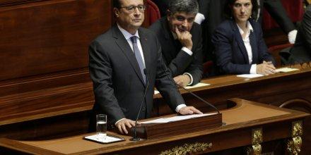Le président de la République François Hollande le 16 novembre 2015 face au Congrès