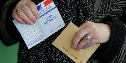 Les intentions de vote pour le fn progressent apres les attentats