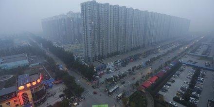 Pollution urbaine, ville, cité, smart city, délinquance, sécurité, démographie, surpopulation, géographie, mégapole, Chine, 2015.11.23, Pékin, TIanjin, Hebei, banlieue,