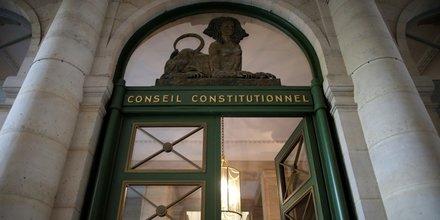 La qpc de jerome cahuzac transmise au conseil constitutionnel