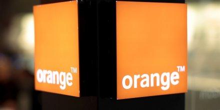 Orange, en tete des hausses du cac 40 a la cloture