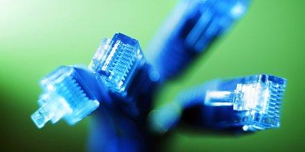 cable Ethernet, fibre optique, télécoms, RJ45