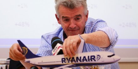 Ryanair ceo michael o'leary attends a news conference in rome