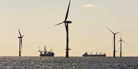 éolienne, éolien offshore, marin, mer, océan, énergie renouvelable, électricité, pollution,