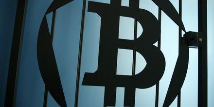 Le bitcoin a besoin de regulation, juge deutsche bank