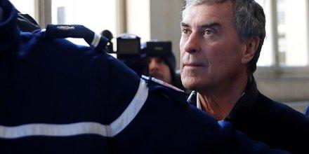 Cahuzac, retraite et paria, a peur d'aller en prison