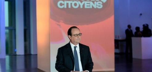 Le préident de la République François Hollande lors de l'émission Dialogues citoyens sur France 2 le jeudi 14 avril