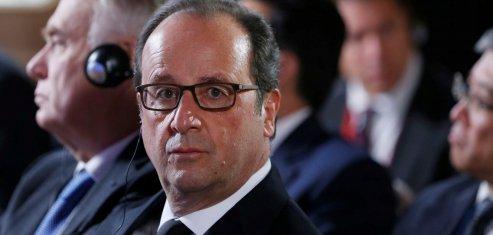 Hollande reagit face a l'emoi suscite par un livre de confidences