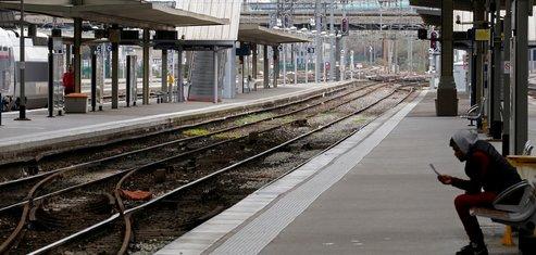 Peu de trains, forte mobilisation contre la reforme de la sncf