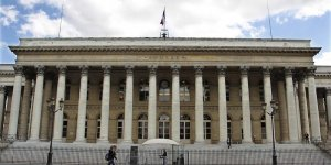 La bourse de paris en net rebond a la mi-journee