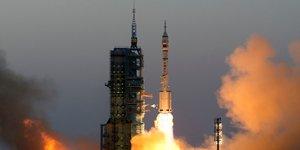 La Chine lance sa plus longue mission spatiale habitée avec la fusée Shanzhou 11 pour préparer la relève de l'ISS