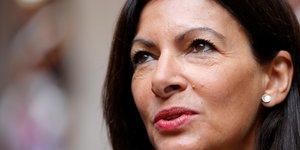 Anne Hidalgo, Une votation citoyenne pour interdire la voiture thermique a paris