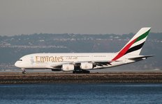 Emirates attend une decision d'airbus sur une nouvelle version de l'a380