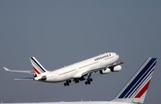 Air france dit que des negociations rapides pourraient eviter l'application du plan b