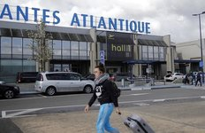 Le reamenagement de l'aeroport de nantes sur la table