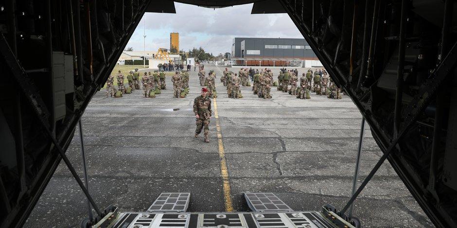 Pour effectuer sa cérémonie de vœux aux forces armées, Emmanuel Macron a choisi la base militaire de Francazal, installée à Cugnaux, non loin de Toulouse.