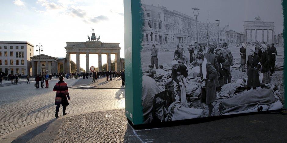1e 1.500.0000 : 800.000 Allemands débarquent de République Tchèque et 300.000 de Pologne vers  la RFA et la RDA (1945)