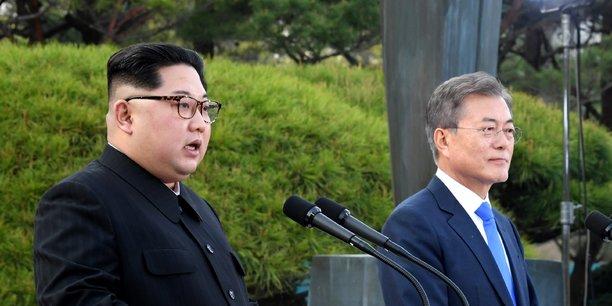 Les présidents des deux Corées se sont revus ce samedi, un mois après leur poignée de main historique sur la ligne symbolique de démarcation.