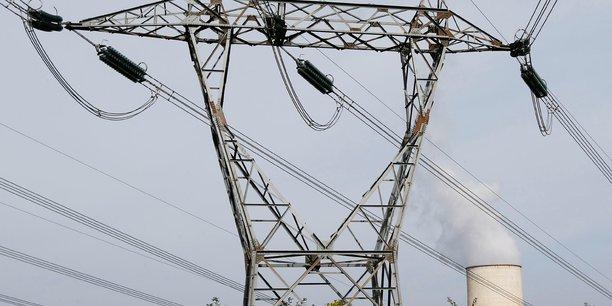 L'électricité attire désormais plus d'investissements que le pétrole et le gaz