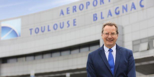 Charles Champion aura occupé le poste de président du conseil de surveillance de l'aéroport de Toulouse-Blagnac durant 18 mois.