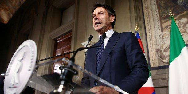 Après la prestation de serment ce vendredi, Giuseppe Conte demandera la confiance au Parlement, où la Ligue et le M5S ont la majorité des deux chambres.