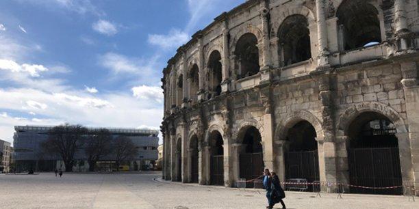 Le musée de la Romanité est construit dans le prolongement des arènes