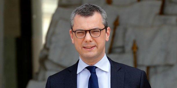 Anticor reproche d'abord à Alexis Kohler d'avoir accepté de siéger comme représentant de l'État au conseil d'administration de STX France de 2010 à 2012 alors qu'il ne pouvait ignorer qu'il existait un conflit d'intérêts,