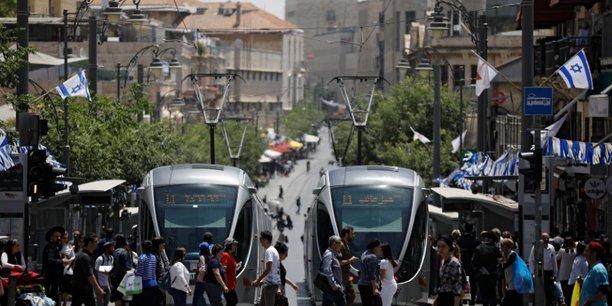 L'intervention de groupes francais a jerusalem critiquee[reuters.com]