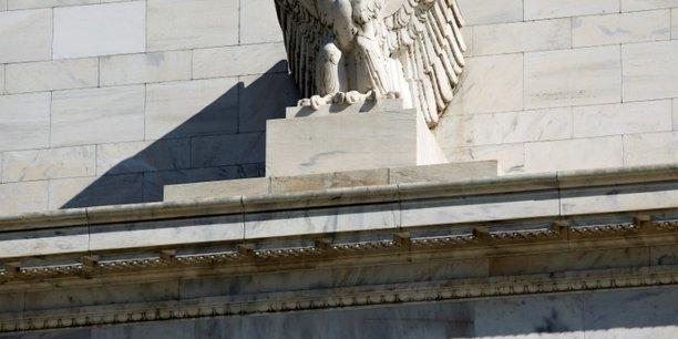 La fed releve ses taux de 0,25 point, renonce a son pilotage de crise[reuters.com]