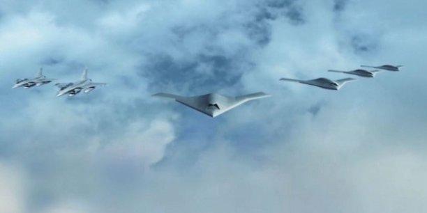 Le futur avion de combat européen, qui est l'une des composantes du programme SCAF, est appelé à remplacer dans les années 2040 l'Eurofighter assemblé en Allemagne, au Royaume Uni, en Espagne et en Italie, et le Rafale français.