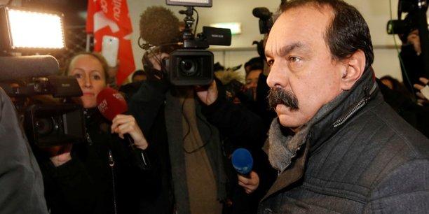 Selon l'information transmise aux médias par l'Unsa, la CGT envisagerait de prolonger la grève les 2, 6 et 7 juillet prochains, une intention que le secrétaire général de la CGT, Philippe Martinez (photo), s'est refusé mardi soir à confirmer dans le détail.