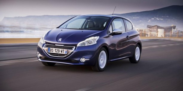 peugeot 208 petite sympa et un peu trop l g re. Black Bedroom Furniture Sets. Home Design Ideas