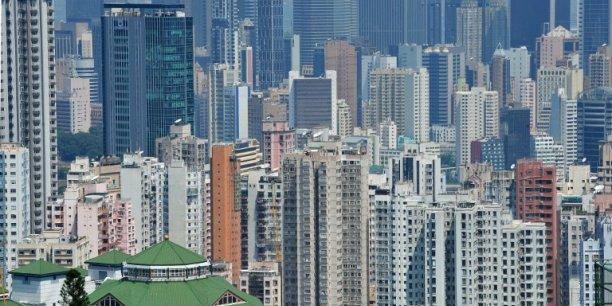 Une entreprise étrangère devra débourser 1.625.000 dollars par an pour employer des expatriés à Hong-Kong / Reuters.