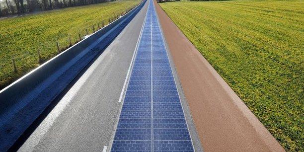 Ilustration d'une route solaire Wattway à Tourouvre.