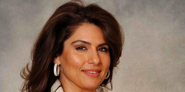 Sanaz Zaimi est considérée comme l'une des femmes les plus puissantes de la City : la directrice de l'activité de vente sur le marchés de taux, changes et matières premières chez Bank of America Merrill Lynch deviendra en outre responsable de la France l'an prochain.
