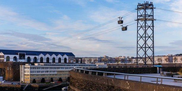 Le téléphérique urbain mis en service à Brest en novembre 2016 a déjà transporté plus d'un million de voyageurs. Peut-on imaginer une infrastructure similaire à Bordeaux pour traverser la Garonne ?