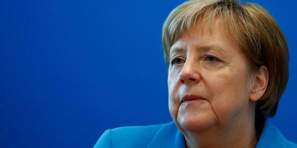 Après presque 13 ans au pouvoir, Angela Merkel doit redoubler d'efforts pour restaurer son autorité et consolider sa fragile coalition gouvernementale, entre son parti de centre-droit CDU, la droite bavaroise CSU et les sociaux-démocrates.