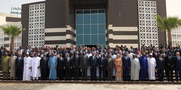 """Résultat de recherche d'images pour """"afrique, lutte contre la corruption, afrique, gouvernance, 2017, 2018, afrique"""""""