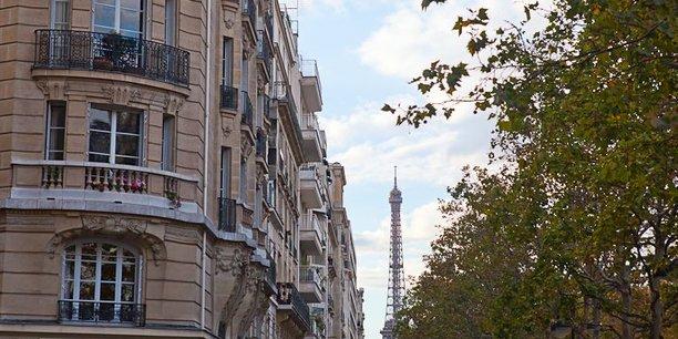 Depuis que la plateforme a accepté de collecter la taxe de séjour, cela rapporte aux villes : au total, 13,5 millions d'euros ont été collectés en 2017 - près de deux fois plus qu'en 2016 -, dont 6,9 millions d'euros à Paris, 860 000 euros à Nice et 790 000 euros à Marseille, les trois principales villes bénéficiaires.