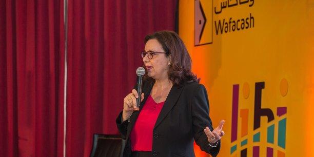 Samira Khamlichi, PDG de Wafacash présentant l'offre de paiement mobile de la société de transfert d'argent, filiale du groupe Attijariwafa Bank, ce jeudi 5 juillet à Casablanca.