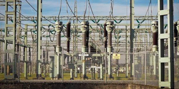 En Côte d'Ivoire, le projet PRODERCI vise la construction de 11 nouveaux postes haute tension, la réhabilitation et l'extension de 15 postes haute tension existants, la construction de 1685 km de lignes haute tension et la création de 41 nouveaux départs de 30 kw et de cinq nouveaux départs 15 kw à Bondoukou et Bouna.