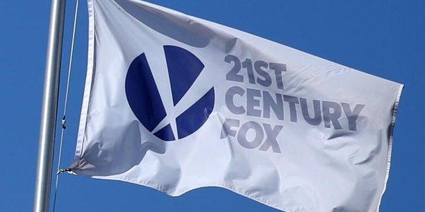 A Wall Street, Comcast gagnait 2,79% dans les échanges électroniques de pré-séance, Disney 0,99%, tandis que Fox perdait 1,46%.